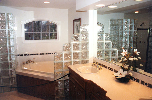 Gallery remodeling contractor saginaw kitchen photos for Bathroom decor and tiles midland